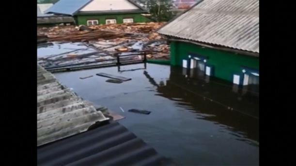 Φονικές πλημμύρες στη Σιβηρία