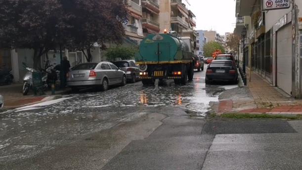 Απολύμανση στη γειτονιά του άτυχου 35χρονου στη Θεσσαλονίκη
