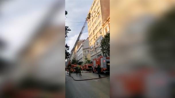 Φωτιά σε εγατελειμμένο κτίριο στην οδό Σταδίου