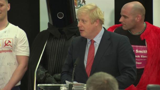 Άνετη επικράτηση του Μπόρις Τζόνσον στις εκλογές στη Μεγ. Βρετανία