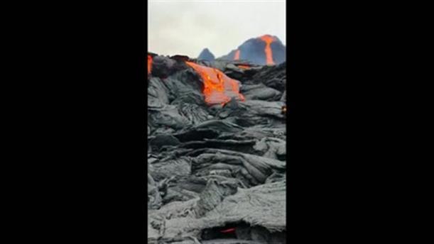 Ισλανδία: Πάνω απο το ηφαίστειο