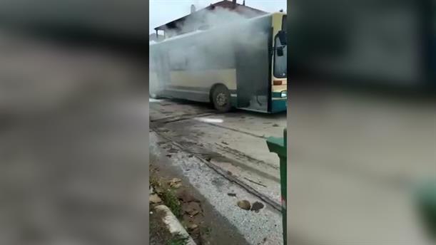 Φωτιά σε λεωφορείο του ΚΤΕΛ στην Πέλλα