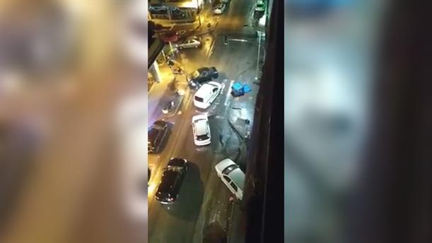 Έπεσε με το αμάξι του πάνω σε άλλα σταθμευμένα και μετά το εγκατέλειψε