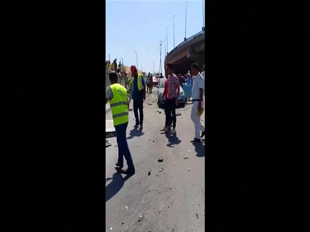 Τραυματίες από έκρηξη σε τουριστικό λεωφορείο στην Αίγυπτο