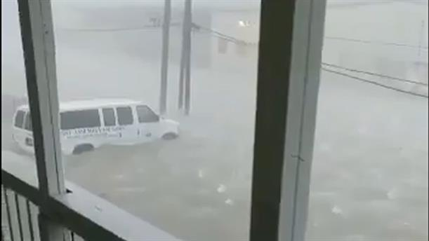 Ο τυφώνας Ντόριαν πλήττει τις Μπαχάμες
