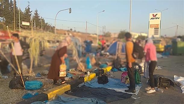 Συνεχίζεται η επιχείρηση μεταφοράς μεταναστών και προσφύγων στη νέα δομή στη Λέσβο