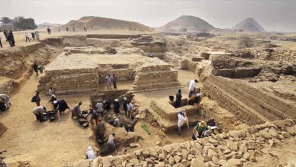 Εντόπισαν τον τάφο της Κλεοπάτρας και του Αντώνιου