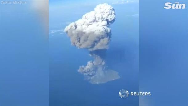 Η στιγμή της έκρηξης στο ηφαίστειο Στρόμπολι