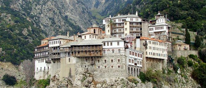 Κορονοϊός: Μοναχός από το Άγιο Όρος νοσηλεύεται στο ΑΧΕΠΑ