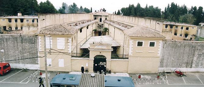 Κέρκυρα: κρατούμενος επιτέθηκε με σχάρα φρεατίου σε διασώστη του ΕΚΑΒ