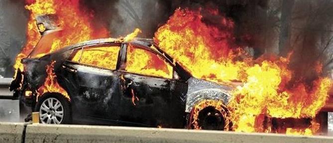Θεσσαλονίκη: Φωτιά σε αυτοκίνητο - Ζημιές και σε διπλανά ΙΧ