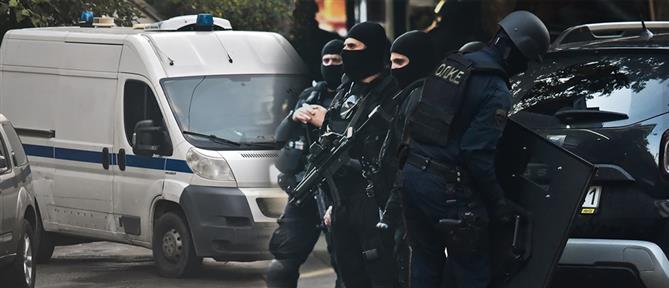 Εξάρχεια: αστυνομική επιχείρηση τα ξημερώματα