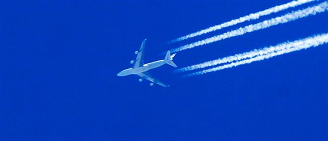 Έκρηξη σε κινητήρα αεροσκάφους πάνω από το Αιγαίο