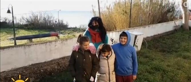 """Ερείκουσα: η δασκάλα, οι λιγοστοί μαθητές και η """"αποκέντρωση"""" (βίντεο)"""
