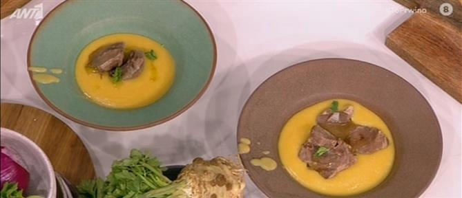 Κρεατόσουπα βελουτέ με τραχανά από τον Βασίλη Καλλίδη
