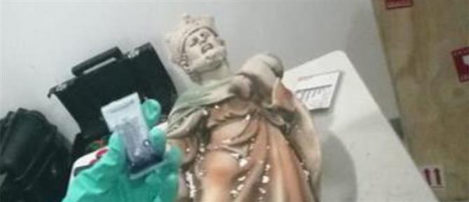 Κατασχέθηκαν θρησκευτικά αγάλματα φτιαγμένα από μεθαμφεταμίνη!