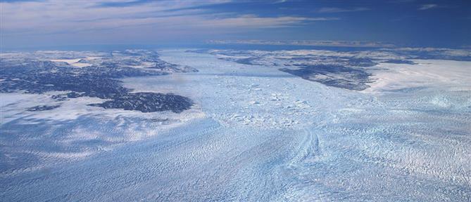 Γροιλανδία: έλιωσαν 22 γιγατόνοι πάγου σε μια μέρα!