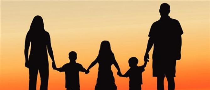 Δημόσιο: Εξίσωση ορίων ηλικίας για λήψη σύνταξης με ανήλικο παιδί