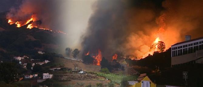 """Γκραν Κανάρια: εκτός ελέγχου η """"πύρινη κόλαση"""" (εικόνες)"""