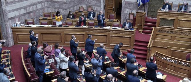 Βουλή - Εργασιακό Νομοσχέδιο: Υπερψηφίστηκε κατά πλειοψηφία