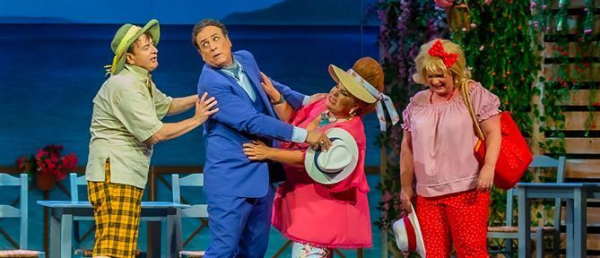 """""""Ο Κλέαρχος, η Μαρίνα και ο κοντός"""": πρεμιέρα στο Θέατρο Αλάμπρα (εικόνες)"""