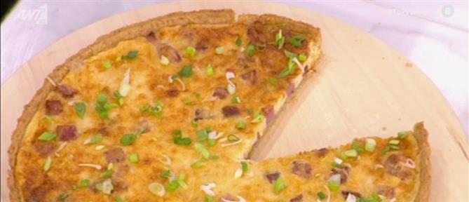 Κις λορέν με μπέικον και καπνιστό τυρί από τον Πέτρο Συρίγο