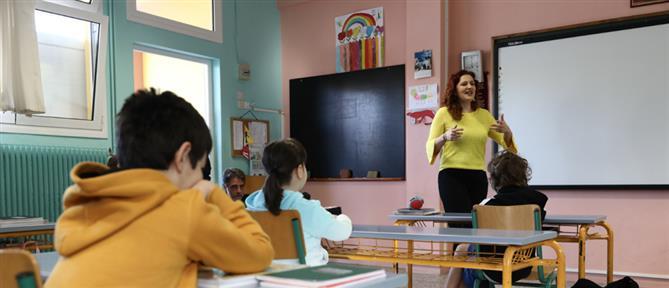 Με μεγάλη συμμετοχή μαθητών άνοιξαν τα σχολεία (εικόνες)