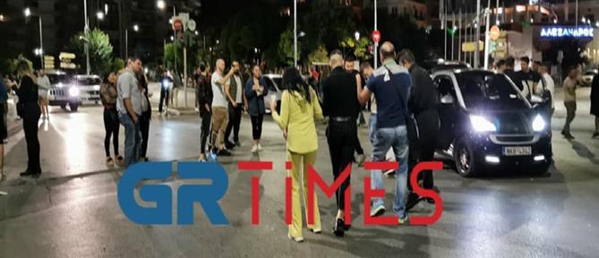 Θεσσαλονίκη: η διαμαρτυρία των εστιατόρων κατέληξε σε υπαίθριο πάρτι! (εικόνες)