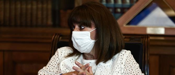 """Σακελλαροπούλου: Το """"ευχαριστώ"""" στο προσωπικό του νοσοκομείου Δράμας"""
