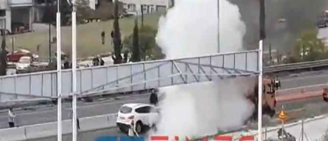 Θεσσαλονίκη: στις φλόγες μηχανή μετά από τροχαίο (εικόνες)