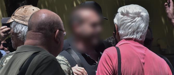 Δίωξη στον αστυνομικό που κατηγορείται ότι εμπόδισε σύλληψη διαδηλωτή