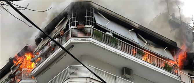 Πύρινη κόλαση σε διαμέρισμα της Θεσσαλονίκης (βίντεο)