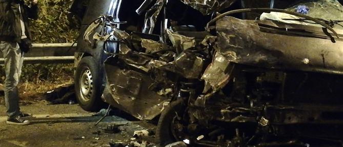 """Νεκρός οδηγός ΙΧ που """"καρφώθηκε"""" σε προστατευτικές μπάρες"""