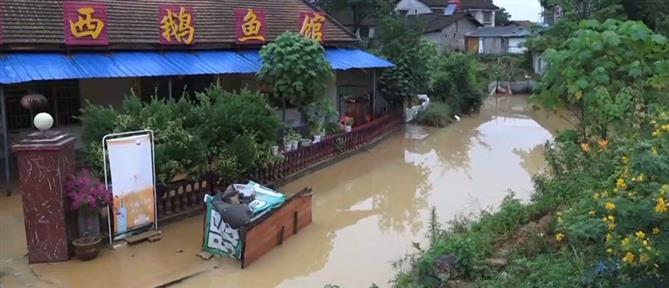Κίνα: επελαύνει ο τυφώνας Ιν-Φα