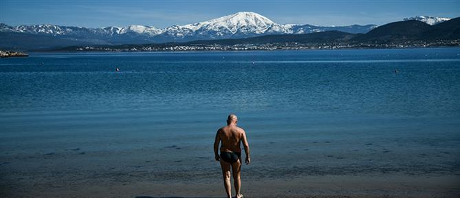 """Απαγόρευση κυκλοφορίας: Δε """"μετρά"""" ως σωματική άσκηση το κολύμπι"""