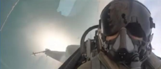 """28η Οκτωβρίου: συγκίνηση από το μήνυμα του πιλότου της ομάδας """"Ζευς"""""""