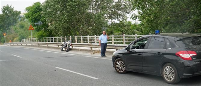 Νεκρός σε τροχαίο οδηγός μηχανής (εικόνες)