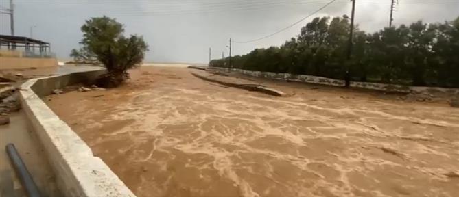 Κακοκαιρία - Ηράκλειο: πλημμύρισαν σπίτια και δρόμοι (εικόνες)