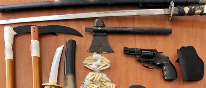 """Πυροβολισμοί στην Κηφισιά: H στολή σαμουράι και το """"οπλοστάσιο"""" του δράστη (εικόνες)"""