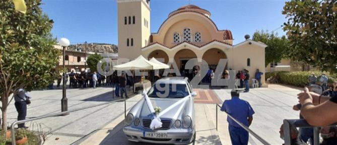 Τροχαίο στο Ηράκλειο: Θρήνος στην κηδεία του 17χρονου (εικόνες)