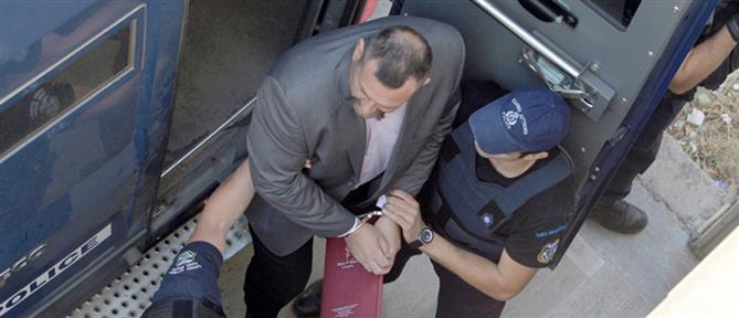Γιάννης Λαγός: Στην Αθήνα ο καταδικασμένος ευρωβουλευτής