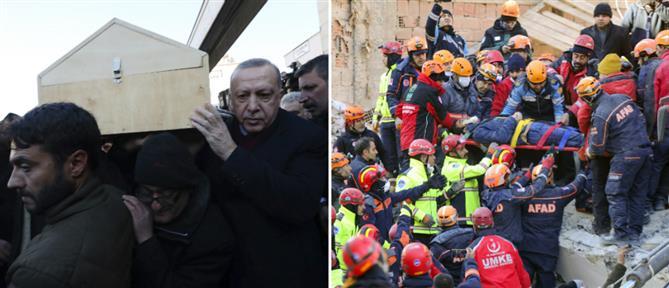 Σεισμός στην Τουρκία: Αγωνία και θρήνος στα χαλάσματα (εικόνες)