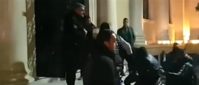 """Χειροπέδες σε συμμορία που είχε """"ρημάξει"""" τη δυτική Ελλάδα (βίντεο)"""