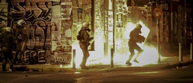 Επεισόδια και μολότοφ στο κέντρο της Αθήνας