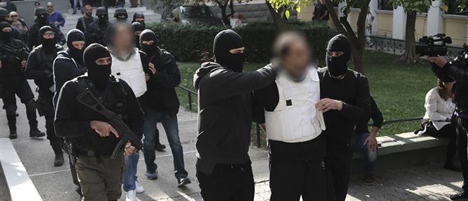 """Προφυλακιστέοι οι συλληφθέντες για την """"Επαναστατική Αυτοάμυνα"""""""