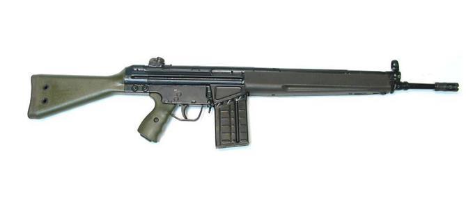 Στρατιωτικό όπλο βρέθηκε πεταμένο σε σακούλα