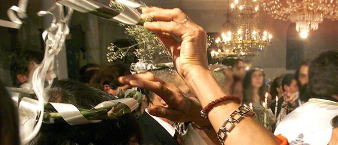 Κορονοϊός: Αναβάλλονται γάμοι και βαφτίσεις (βίντεο)