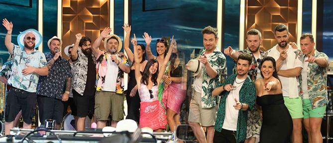 """The 2Night Show"": αυλαία με ""Μύγες"" και drive in party (εικόνες)"