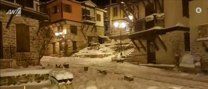 """""""Λέανδρος"""" - Αρναία: πυκνή χιονόπτωση και παγωνιά (βίντεο)"""