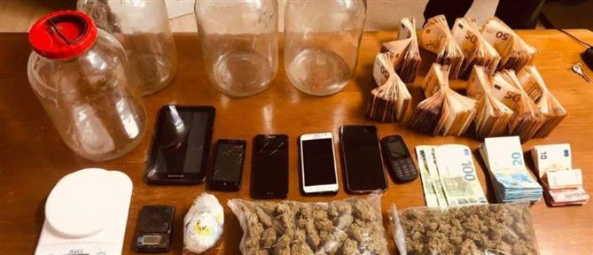 Ταύρος: Ναρκωτικά και πάνω από 46000 ευρώ βρέθηκαν σε σπίτι 22χρονου